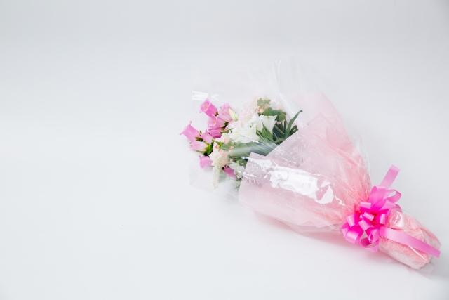 こめるほどの愛があるなら、贈り物には花束などという安易な考えをやめてくれ